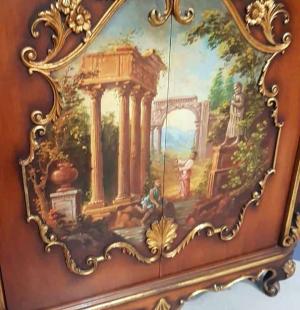 Витрина в стиле венецианского барокко