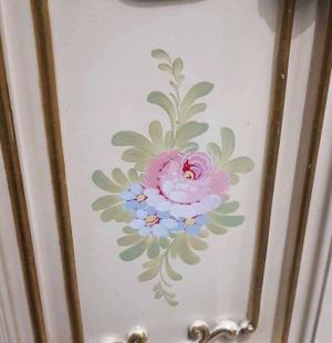 Тумба в стиле барокко