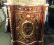 Комод в стиле Людовика XVI