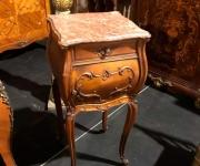 Тумба в стиле Людовика XV