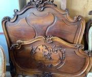 Кровать в стиле Людовика XV