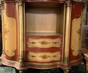 Тумба в стиле венецианского барокко