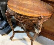 Сервировочный стол в стиле Льеж