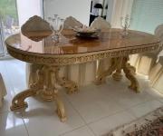 Винтажный обеденный стол