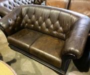 Винтажный диван в английском стиле (2 шт.)