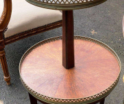 Стол подставка в стиле Людовика XVI