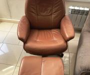 Кресло и пуф в стиле ретро