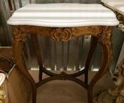 Консольный столик в стиле Людовика XV