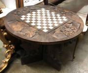 Шахматный стол