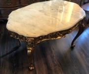 Винтажный столик с мрамором