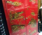 Шкаф в стиле шинуазри