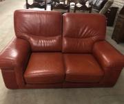 Винтажный кожаный диван