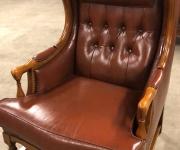 Винтажное кресло в Английском стиле
